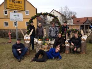 Gruppenbild Osterbrunnen 2013